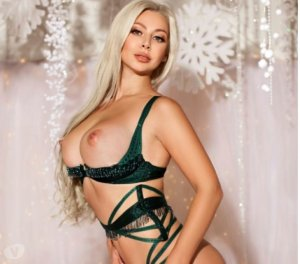 Evelie hot outcall escorts East Highland Park, VA
